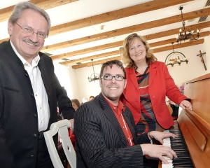 """Viel zum Lachen hatten meine Gäste und ich bei der """"Satirischen Lesung"""" mit Christian Ude, und Musiker und Stimmenimitator André Hartmann"""